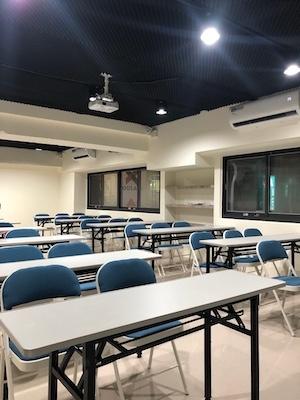 新竹教室租借-新竹火車站50人教室-背面圖